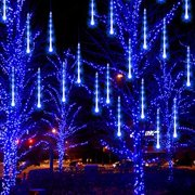 blue outdoor hanging drop lights - Display your Christmas cards wtih a lovely light garland