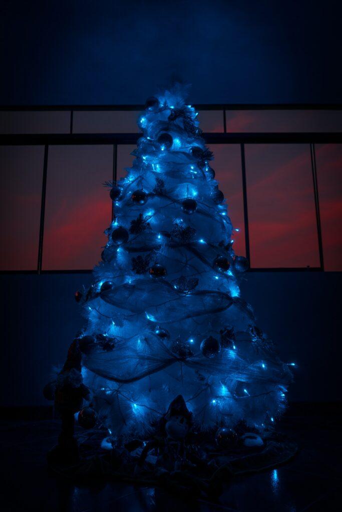 Blue lit Christmas tree - Christmas Décor Inspiration